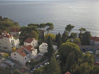 Villa Elly's ANDREA Apartment