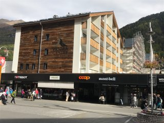 ZERMATT Holiday Apartment - central location