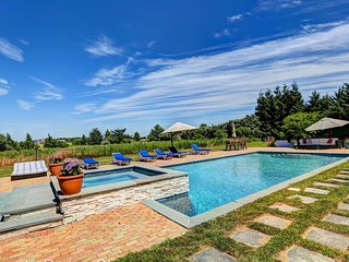 Stunning Hamptons Estate in Water Mill NY!