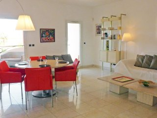 Apartment in the center of Saint-Cyr-sur-Mer with Internet, Air conditioning