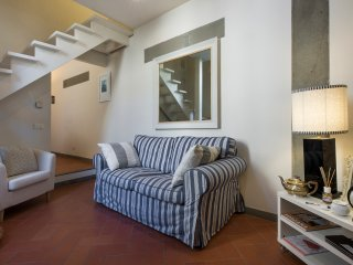 Pace - Cozy two-storey apartment in Florence