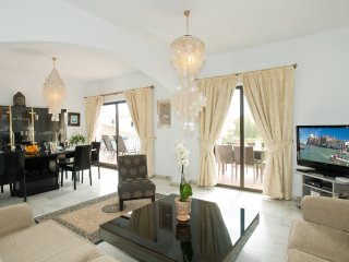 OFFERS, PUERTO BANUS, MARBELLA, PENTHOUSE, SEA MOUNTAINS VIEW, FREE WIFI PARKING