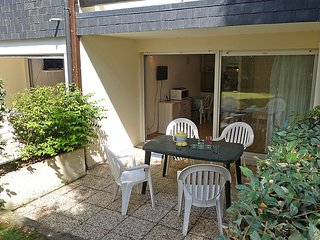 Apartment 1.1 km from the center of Carnac with Internet, Parking, Terrace