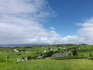 House in the center of Tarskavaig with Internet, Parking, Washing machine