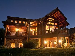Luxury 5 Bedroom Cabin at Teton Springs - Sleeps 12!