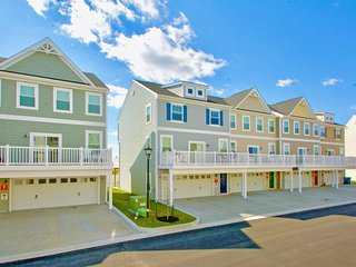 Seaside Village - Sand Bar Lane 12906-1