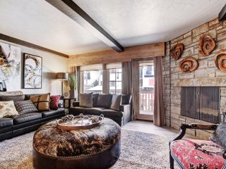 Plan your Mountain Escpae at the Iconic 2Br Condo in Vail