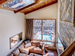 Luxury 3 Br Condo at The Lodge at Vail w/ Gym, Pool, Hot Tub