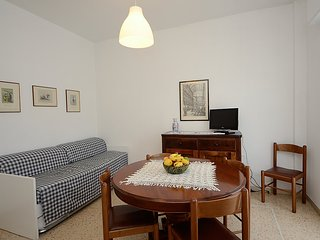 Apartment in the center of Pietra Ligure with Internet, Air conditioning
