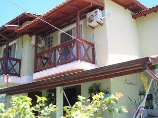 Aluguel de Temporada (20/Dez a 15/Fev/18) Casa com AC/Wifi/TV a Cabo e Monit 24h