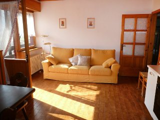 House in the center of Pieve di Ledro with Internet, Parking, Garden, Washing