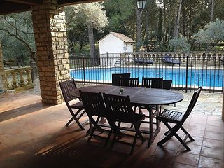 House in the center of Grans with Internet, Air conditioning, Parking, Terrace