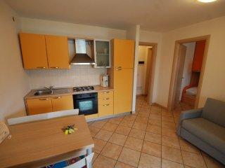 Apartment in Bevazzana with Air conditioning, Garden, Washing machine (124999)
