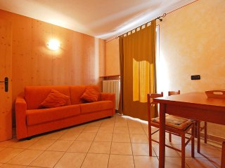 Apartment in the center of Cepina with Internet, Parking, Garden, Balcony
