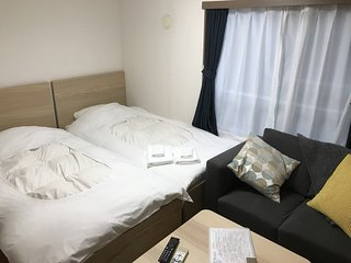 Shinjuku Backyard, 5 min to St. WIFI. to 4 Guest!