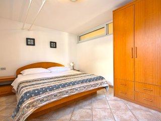 Apartment in the center of Umag with Internet, Air conditioning, Parking