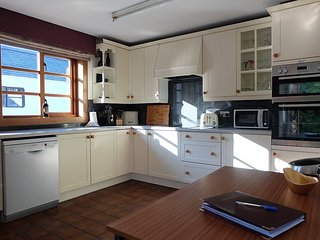 House in the center of Portree with Internet, Parking, Garden, Washing machine