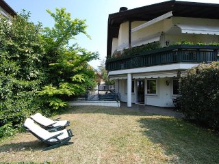 Apartment 639 m from the center of Merano with Parking, Garden, Balcony