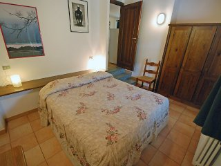 Apartment 882 m from the center of Saint-nicolas with Balcony, Washing machine