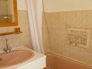 Apartment 1.4 km from the center of La Ciotat with Internet, Air conditioning