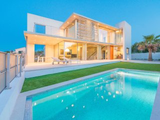 CASA DE VIDRE - Villa for 8 people in Son Serra de Marina