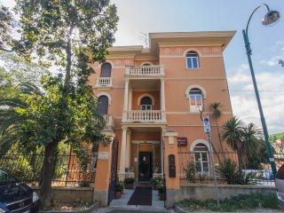 Villa Delle Palme 2B4