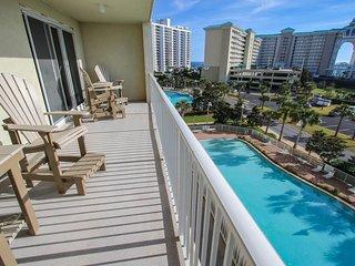 NEW! 2BR Miramar Beach Condo w/Pool & Beach Access