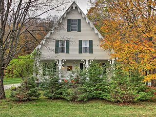'Lilac Cottage' - Victorian S. Woodstock Retreat!