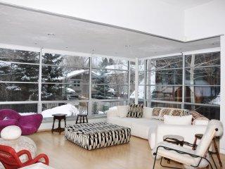 Custom Contemporary West End Home ~ RA86702