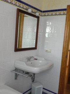 Detalle baño habitación 3