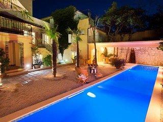 Dalmatian stone villa with pools for rent, Jelsa, Hvar