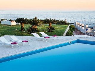 Villa Brezza Marina in walking distance to the beach