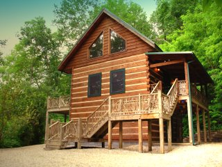 Adohi Lodge -  two bed log cabin with mountain views in the heart of Nantahala