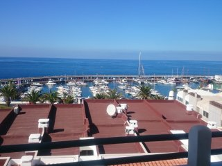 Two bedroom apartment with marina Views