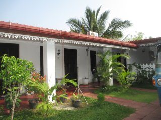 Hotel 4, holiday rental in Uppuveli