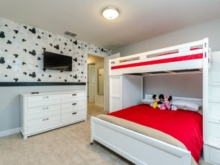 9071DLD00petacular Furnished 5 Bedroom 4 Bathroom