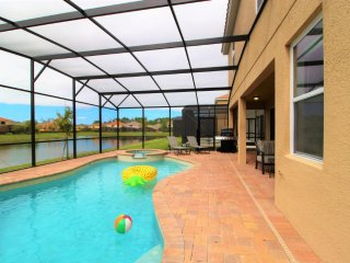 ACO PREMIUM - 7 Bd with Pool and Spa (1728)
