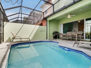ACO Family – 4 Bd with private pool (1701)