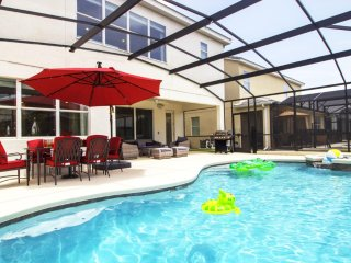ACO PREMIUM – 6 bd with pool and Spa (1726)