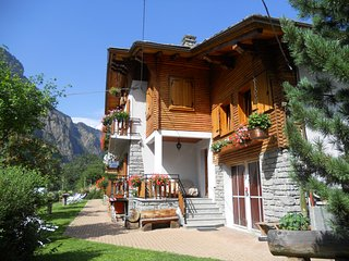 Holiday apartment for 5-7 persons - Italian Alps