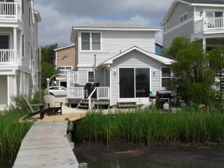 Boating, Water Activities or Relaxing at Your Bayfront Cottage