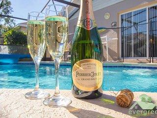 Williams Wayport Villa - Beautiful 4 bedroom pool home in Windsor Palms Resort