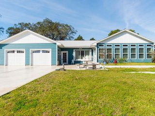 Soldiers Creek Retreat / 3BR 3BA Private Beach Home / Pet Friendly!