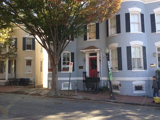 English Basement, two doors from Wisconsin Avenue in the Heart of Georgetown