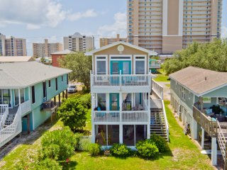 Rising Tide / 3BR 2.5BA Waterfront House / Lagoon View! / Pet Friendly!