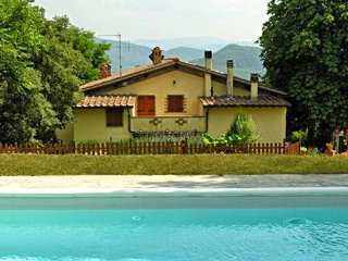 4 bedroom Villa in Dicomano, Tuscany, Italy : ref 5226951