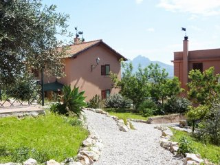 Porticello Holiday Home Sleeps 16 with Pool Air Con and WiFi - 5226933