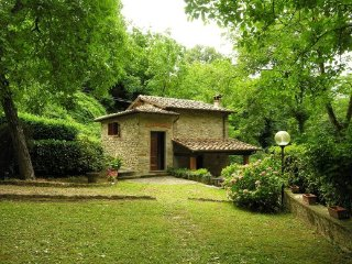 2 bedroom Villa in Vicchio, Tuscany, Italy : ref 5227017