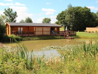 Holiday lodge with Hot Tub and Sauna 5* Waterlily