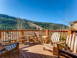3Br Condo~River Run next to slopes Sleeps 8. Kids ski free!